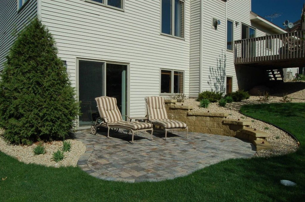 New-brighton-patio-wall-1024x679