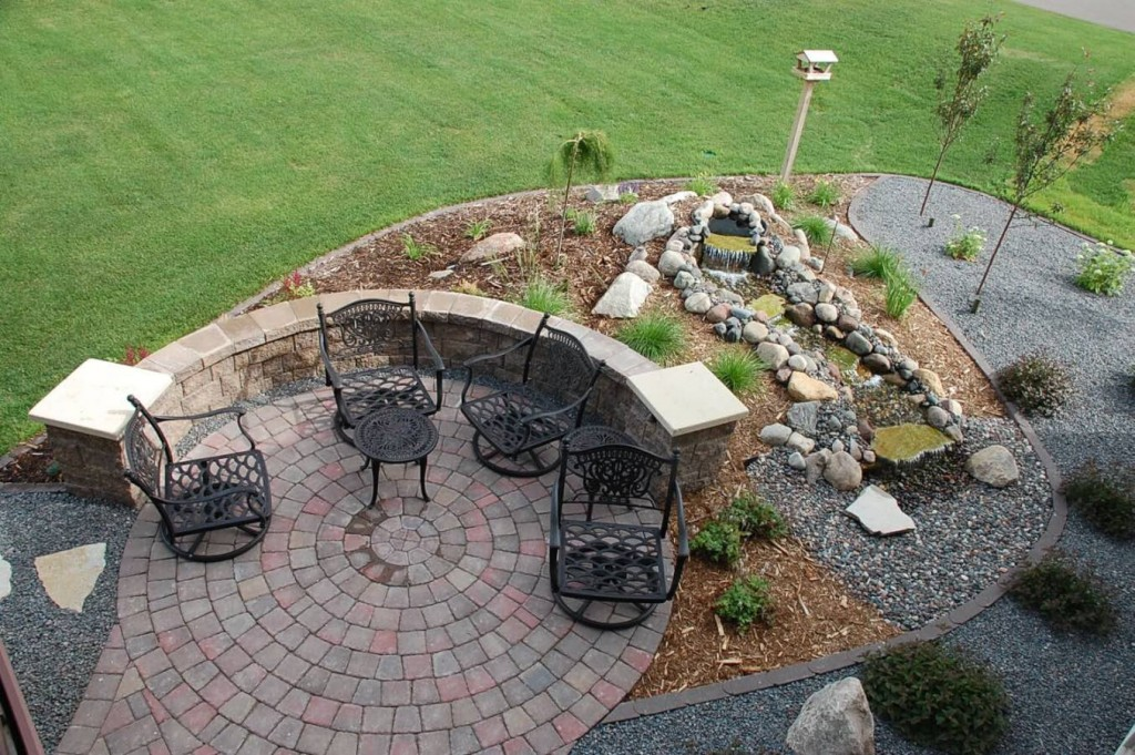 wall-patio-water-1024x681